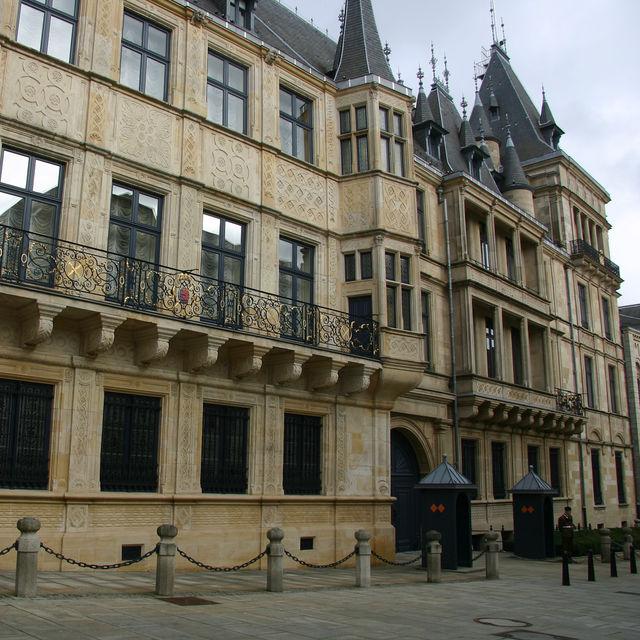Luxemburgo 2